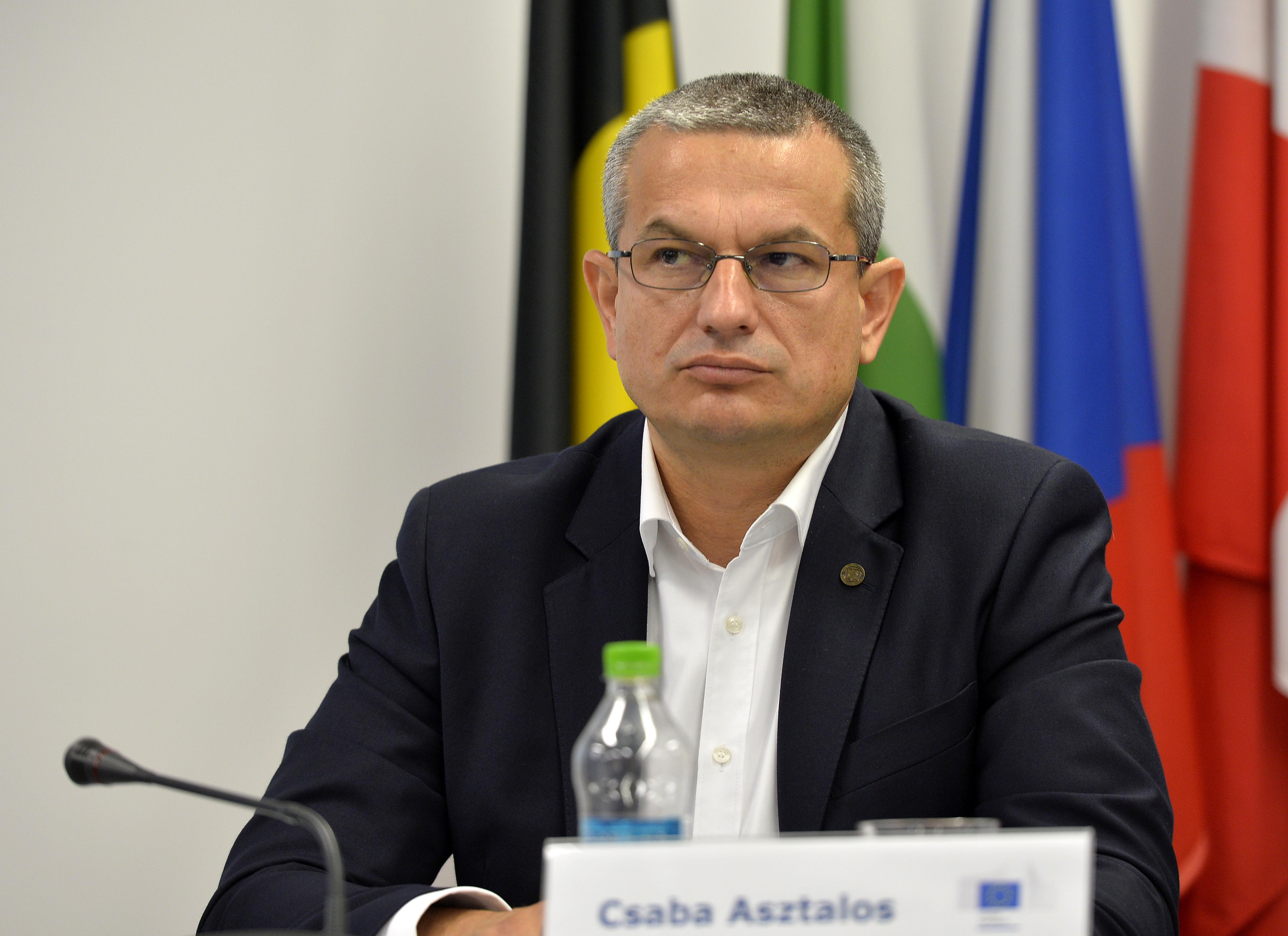 Facilitățile pentru vaccinați pot intra în sfera discriminărilor, consideră președintele CNCD