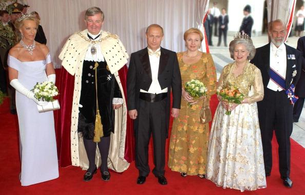 """Prințul Michael de Kent, vărul Reginei Elisabeta, acuzat că vinde """"acces"""" la anturajul lui Vladimir Putin"""