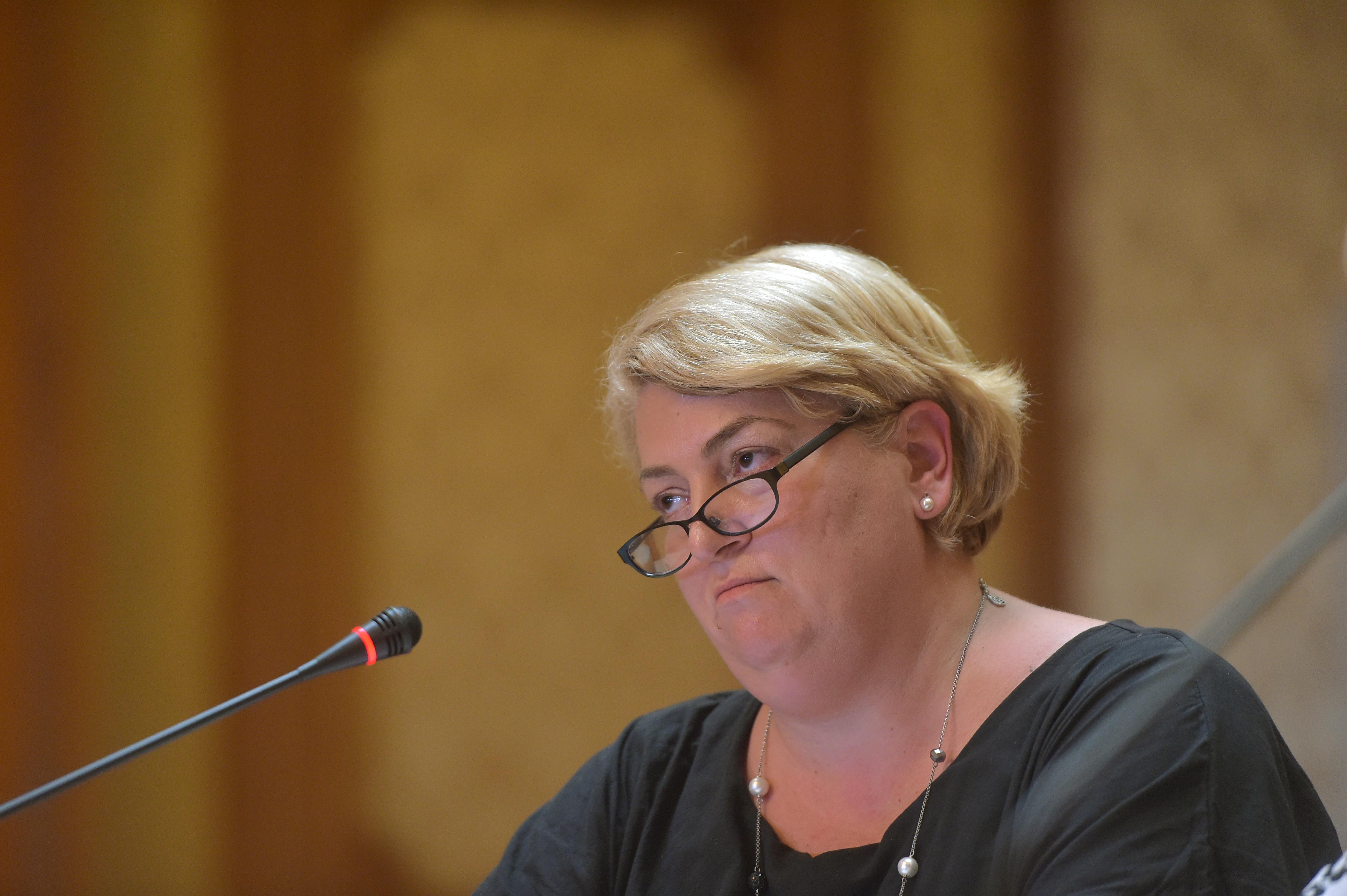 Șefii TVR și ai Radioului Public au fost demiși. Parlamentul a respins rapoartele de activitate