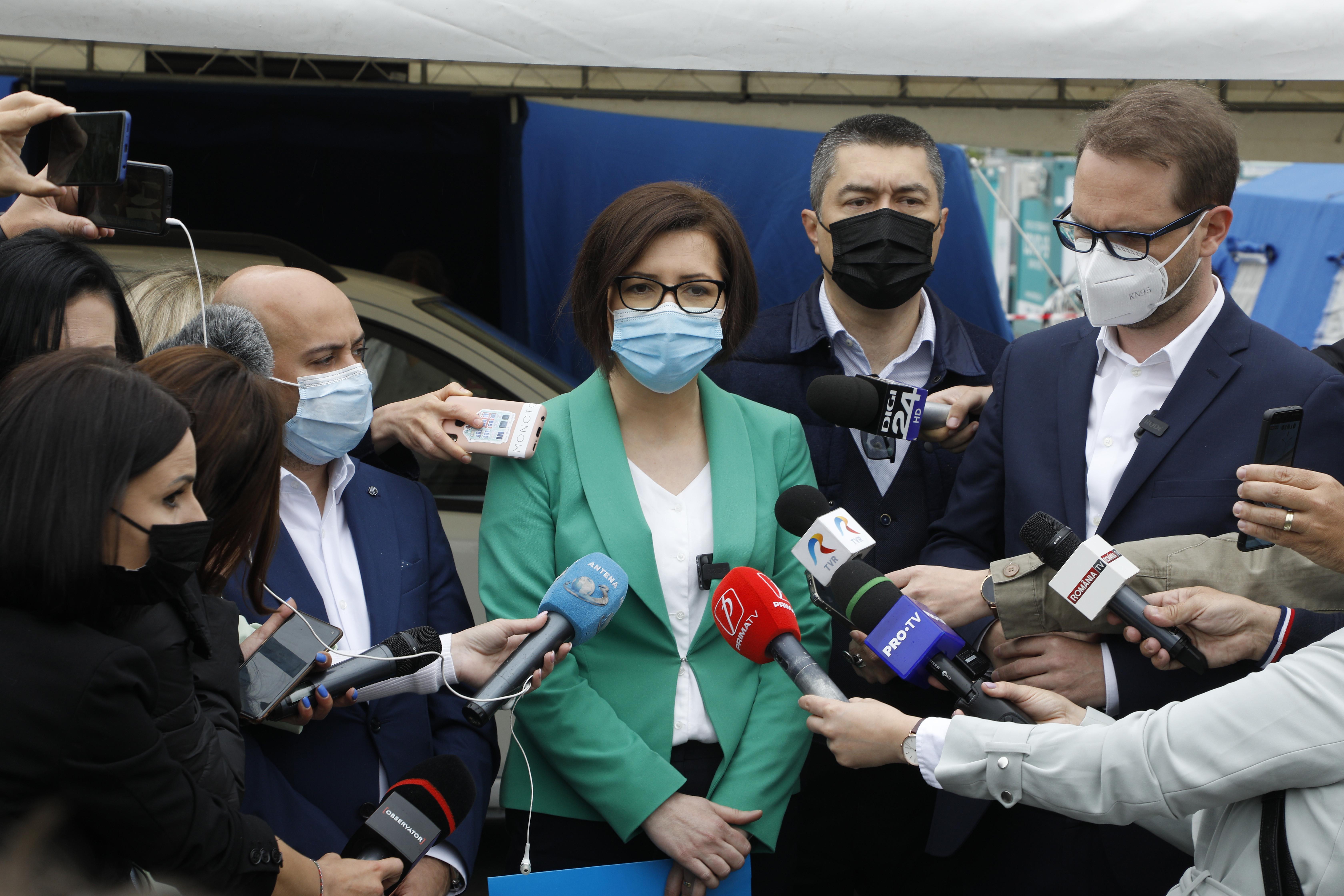 Ministrul Sănătății, chemat de PSD în Parlament să dea explicații despre decesele COVID-19