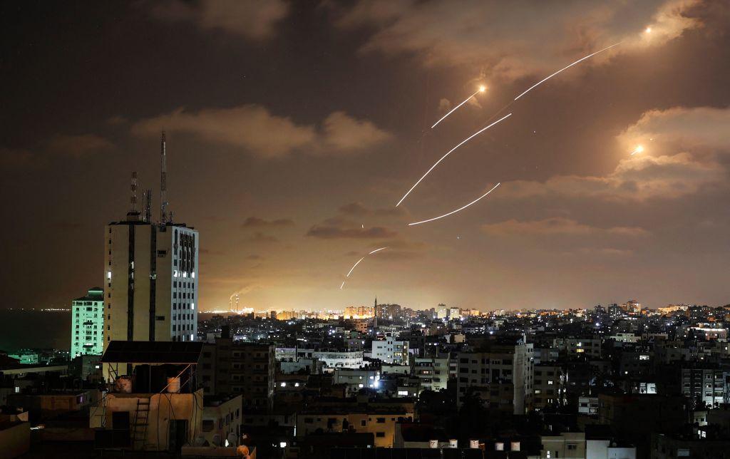 VIDEO. Cum funcționează sistemul antirachetă Iron Dome, care a protejat Israelul de rachetele lansate de Hamas