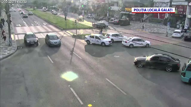 Accident în centrul orașului Galați. Trei persoane au fost rănite