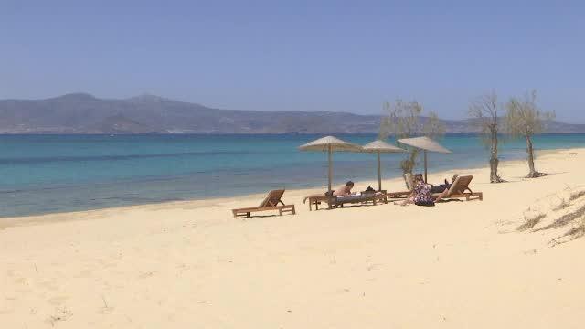 Grecia și-a redeschis granițele pentru turiști după aproape 6 luni de carantină