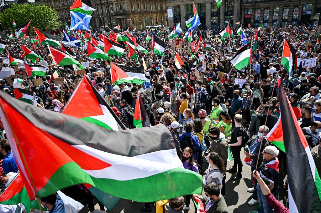 """VIDEO. Manifestaţii pro-palestiniene în mai multe mari orașe ale lumii. Mii de persoane cer """"eliberarea Palestinei"""