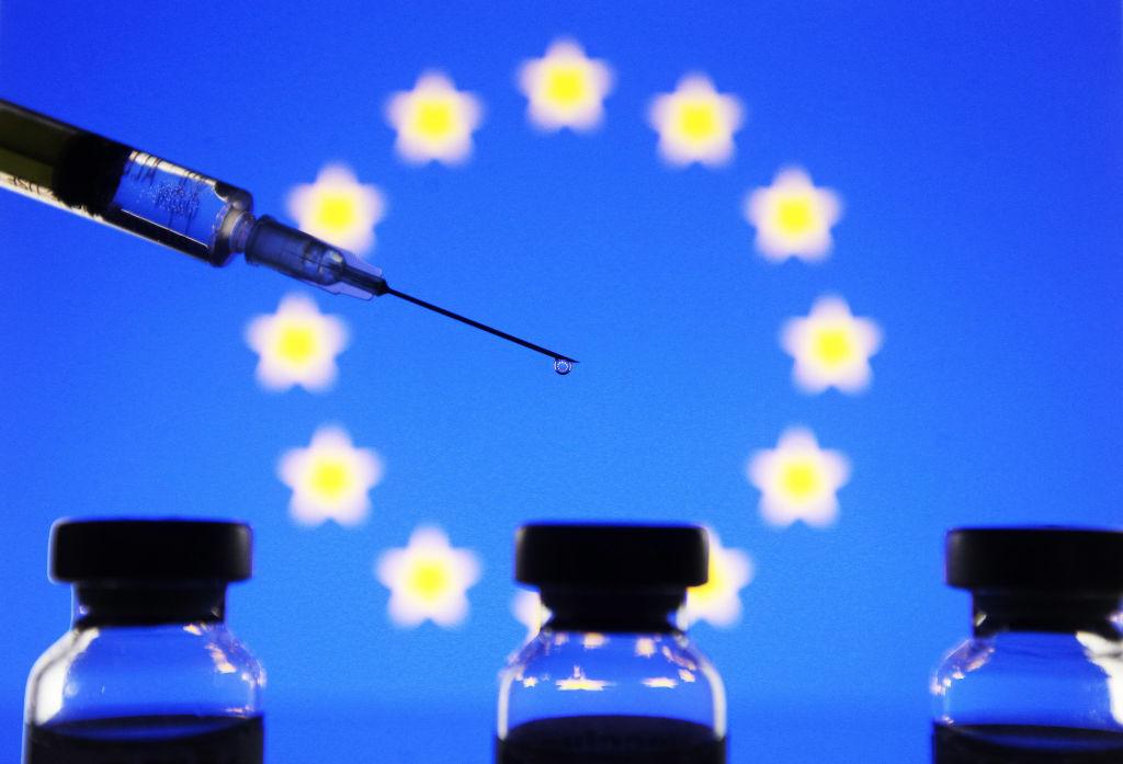 Surse europene: Accesul persoanelor vaccinate din țările terțe, permis în Uniunea Europeană