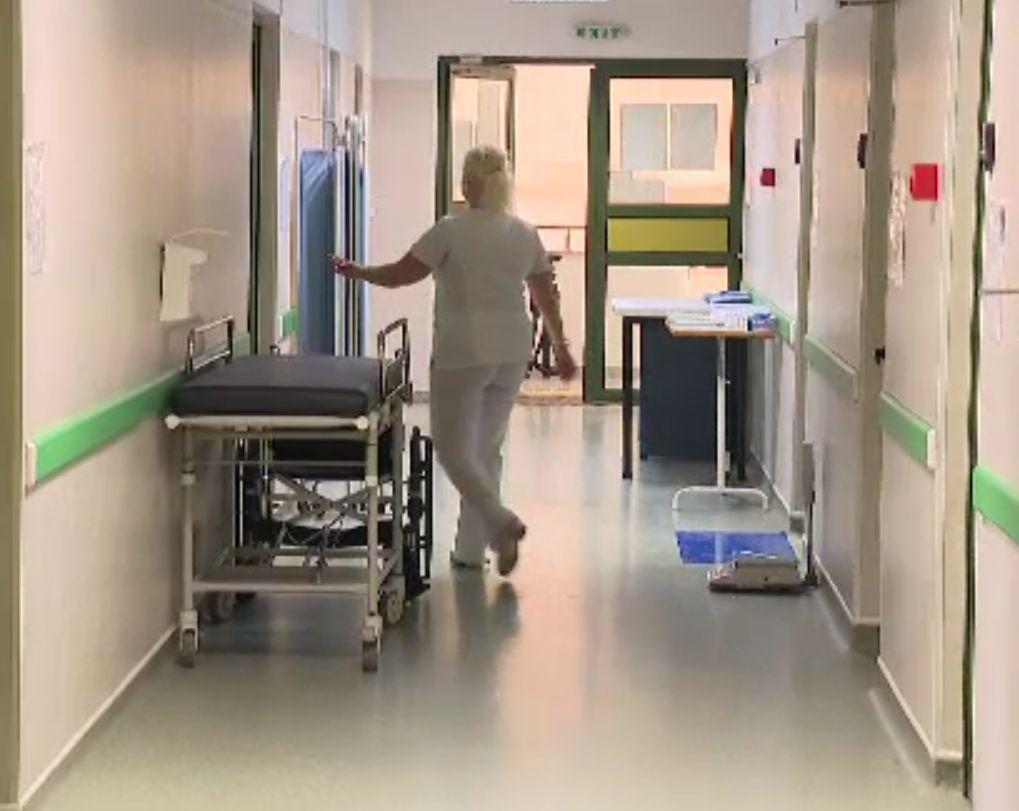 Spitalele scapă de eticheta COVID. Se fac deja liste de așteptare pentru bolnavii cu afecțiuni cronice