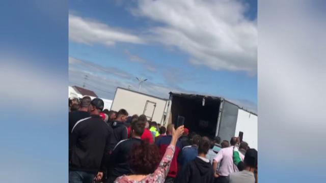 Revoltă într-o piață din județul Galați, după ce autoritățile le-au producătorilor să prezinte documentele