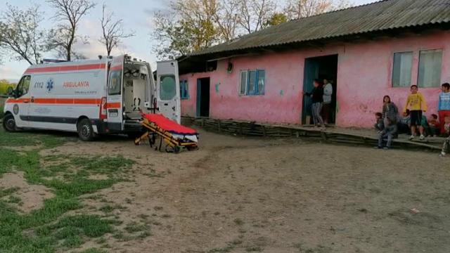 Femeie gravidă, atacată cu un cuțit de soțul beat, în Vaslui. Cum a reușit să scape