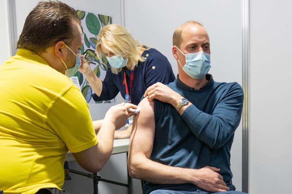 Prinţul William al Marii Britanii, vaccinat cu prima doză a serului anti-COVID