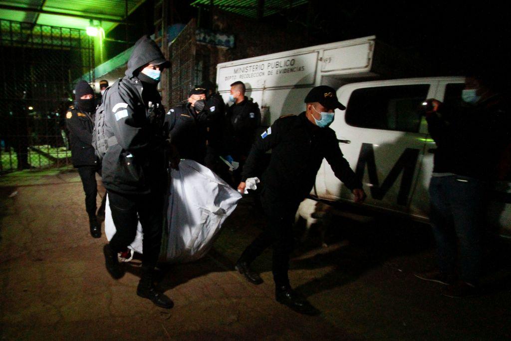 Masacru cu decapitări într-o închisoare din Guatemala. Cel puțin șapte deținuți uciși în urma unei confruntări între bande