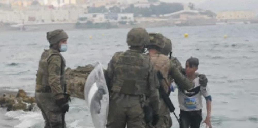Peste 1.500 de copii migranți au ajuns în Ceuta, fără să fie însoțiți de părinți