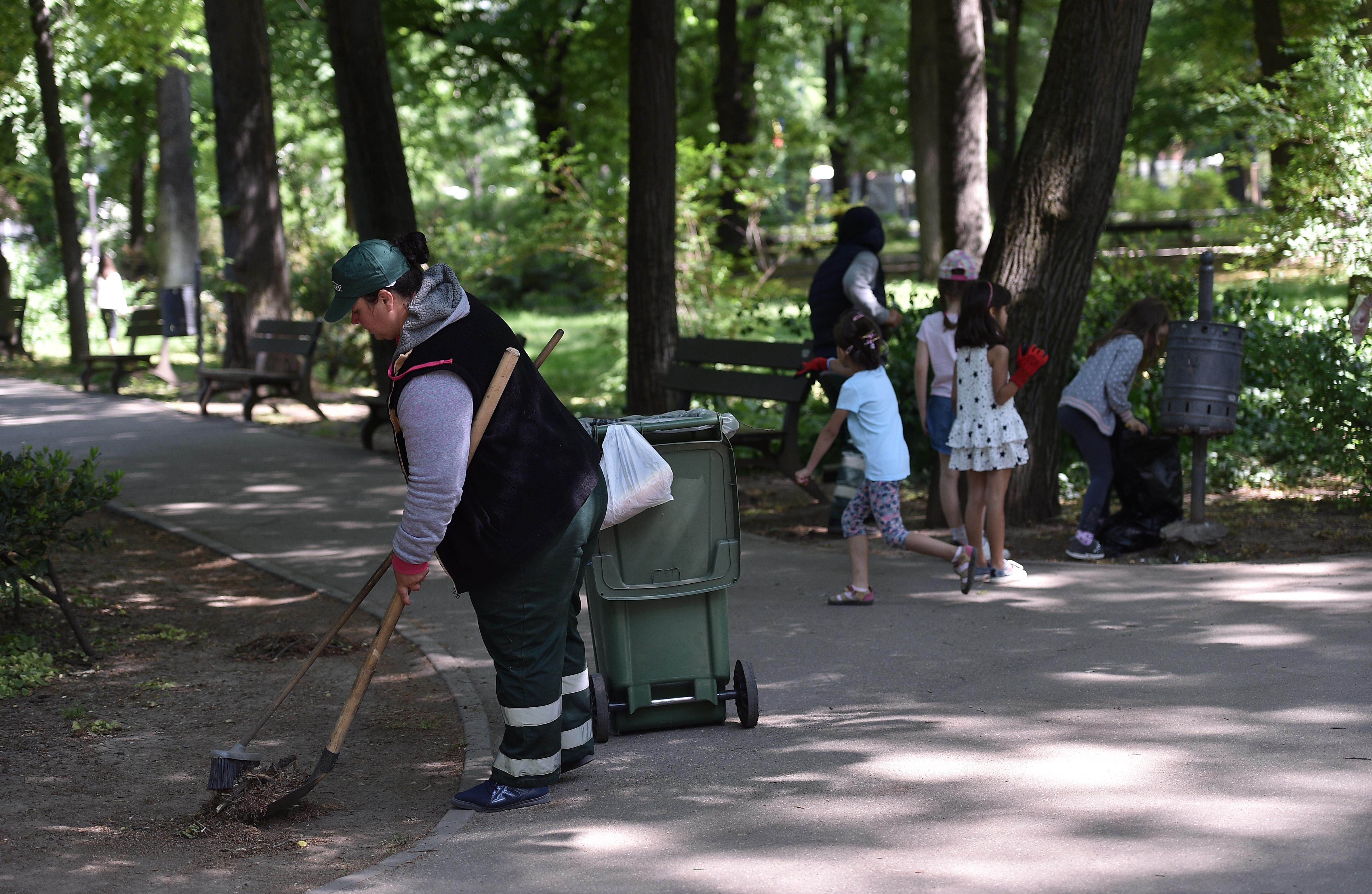 Primarul Sectorului 2: Dăm amenzi şi pentru un chiştoc aruncat pe jos