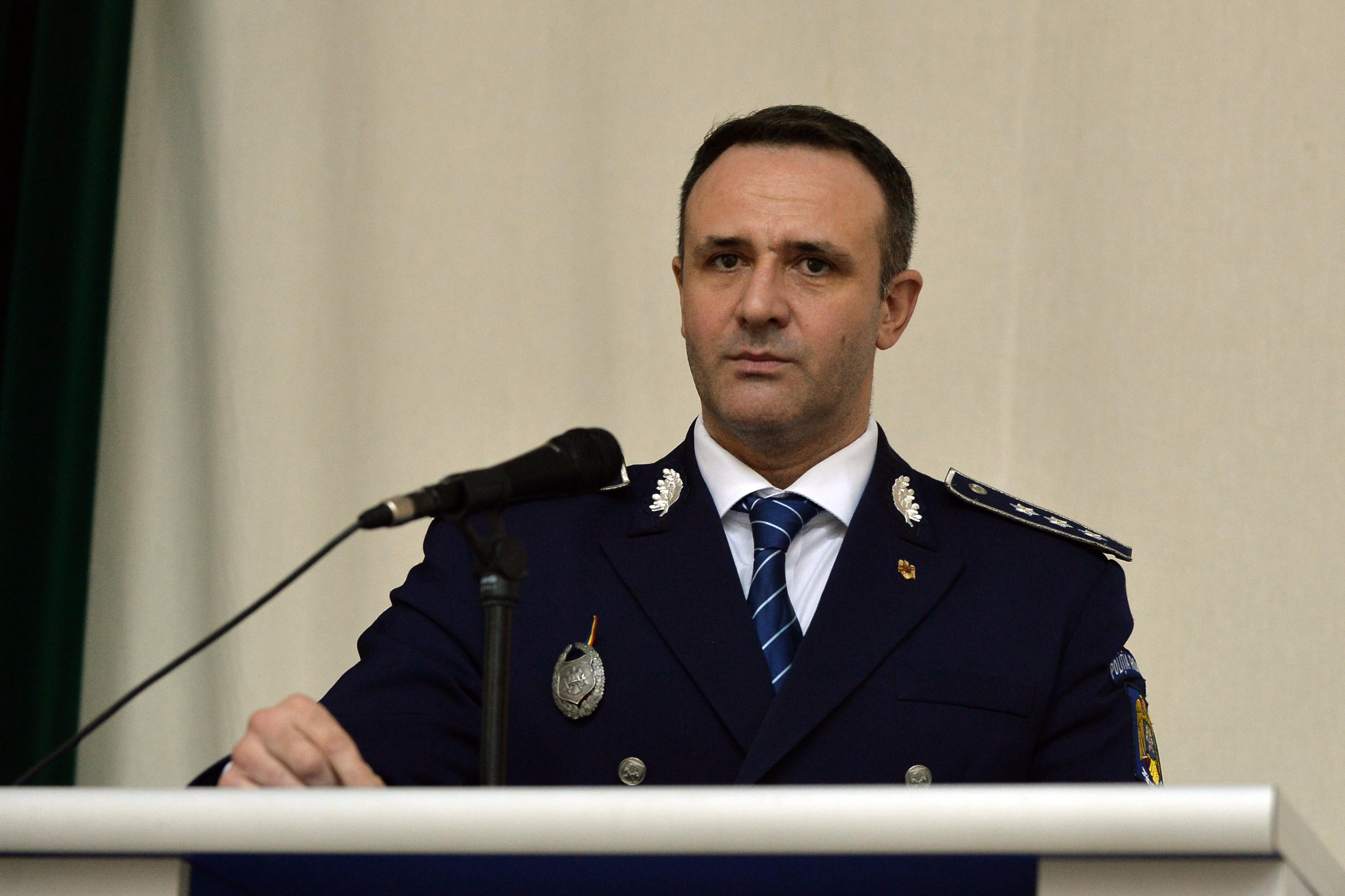 Foştii şefi ai Academiei de Poliţie, închisoare cu suspendare şi muncă la spaţii verzi pentru şantajarea Emiliei Şercan