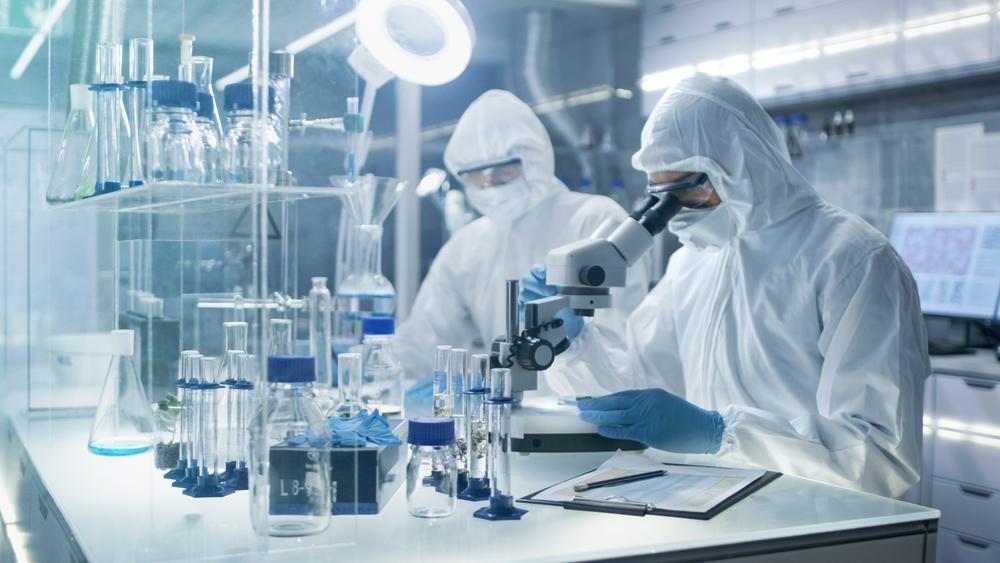 WSJ: Cercetători ai laboratorului din Wuhan, spitalizaţi în noiembrie 2019 cu simptome de COVID. Reacția Chinei