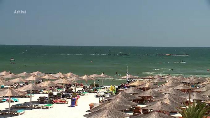 Un turist de 62 de ani a murit înecat în mare în localitatea 2 Mai