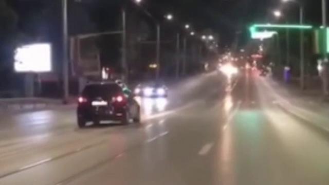 Un șofer a condus kilometri întregi pe contrasens în Iași. Imaginile, surprinse de o cameră de bord