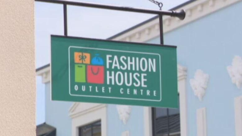 (P) S-a deschis Fashion House Pallady, o destinaţie unică de shopping cu reduceri de până la -70% tot timpul anului