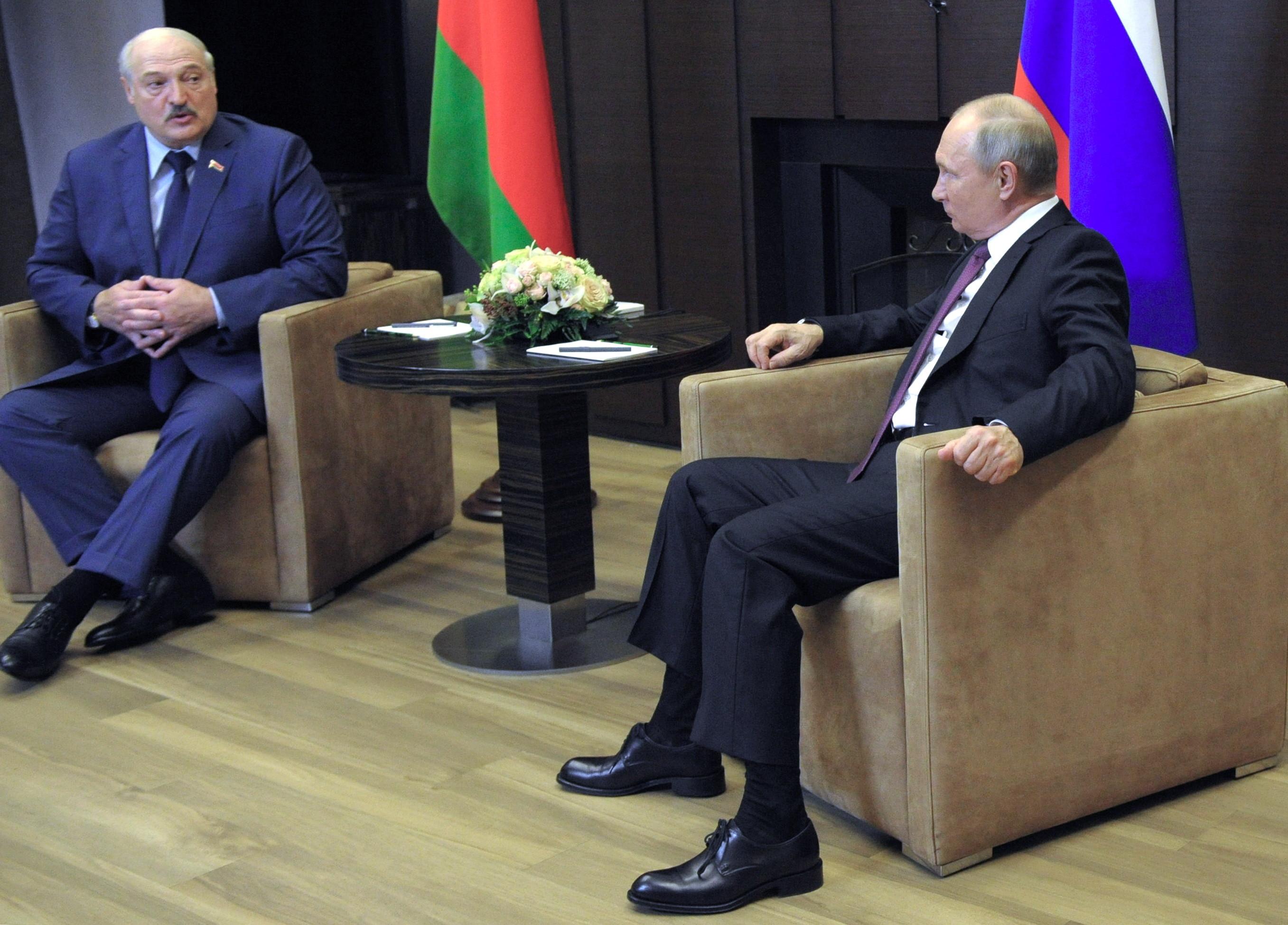Putin și Lukașenko califică reacţiile internaţionale la deturnarea avionului drept