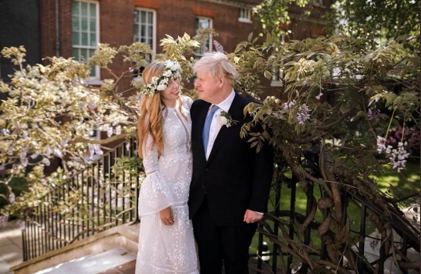 Premierul britanic Boris Johnson şi logodnica lui s-au căsătorit în secret