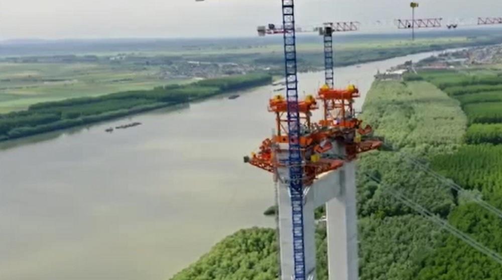 Navigația pe Dunăre, între Galați și Brăila, a fost oprită, din cauza lucrărilor la podul suspendat