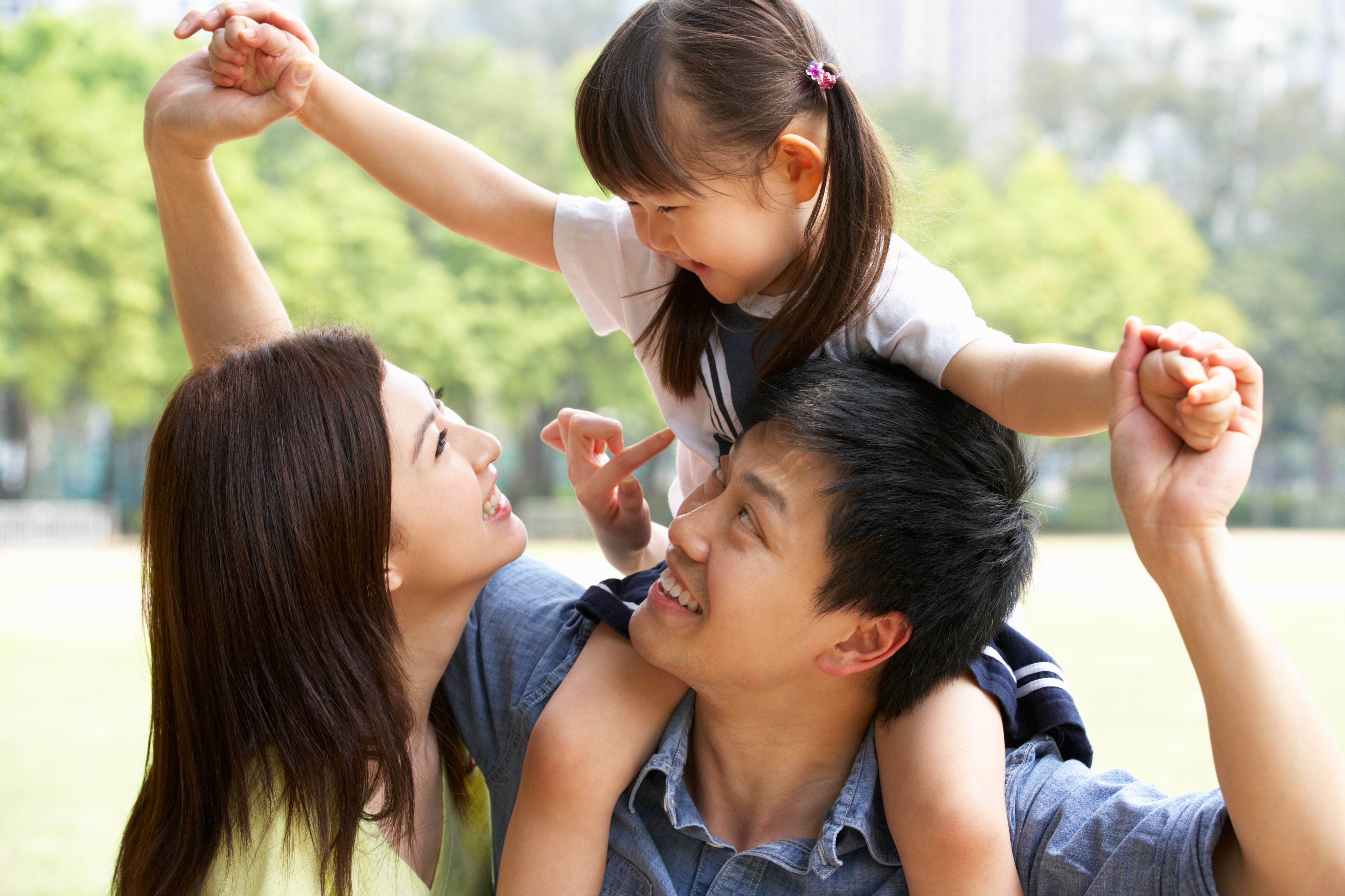 China a renunțat la limita de doi copii impusă familiilor. Acum, cuplurile pot avea trei copii