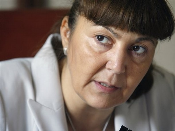 Europarlamentarul Monica Macovei l-a actionat in judecata pe ministrul Dan Sova
