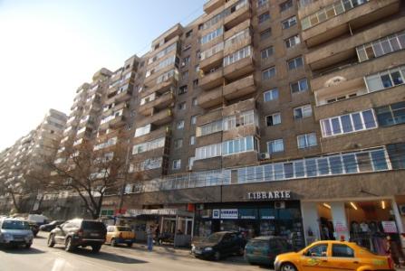 Inflatie de apartamente de 3 si 4 camere scoase la vanzare