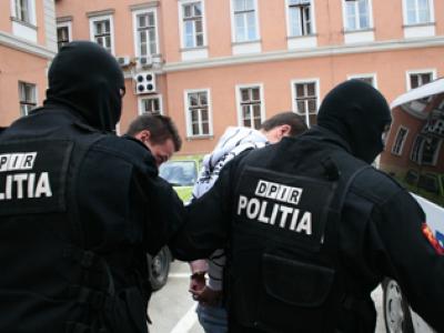 Urmarire cu impuscaturi in Bucuresti si in Ilfov. Sapte infractori, prinsi