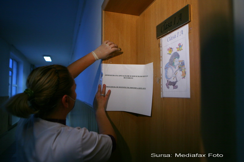 Absenteism ridicat in scolile din Arad din cauza gripei. Sapte cazuri noi