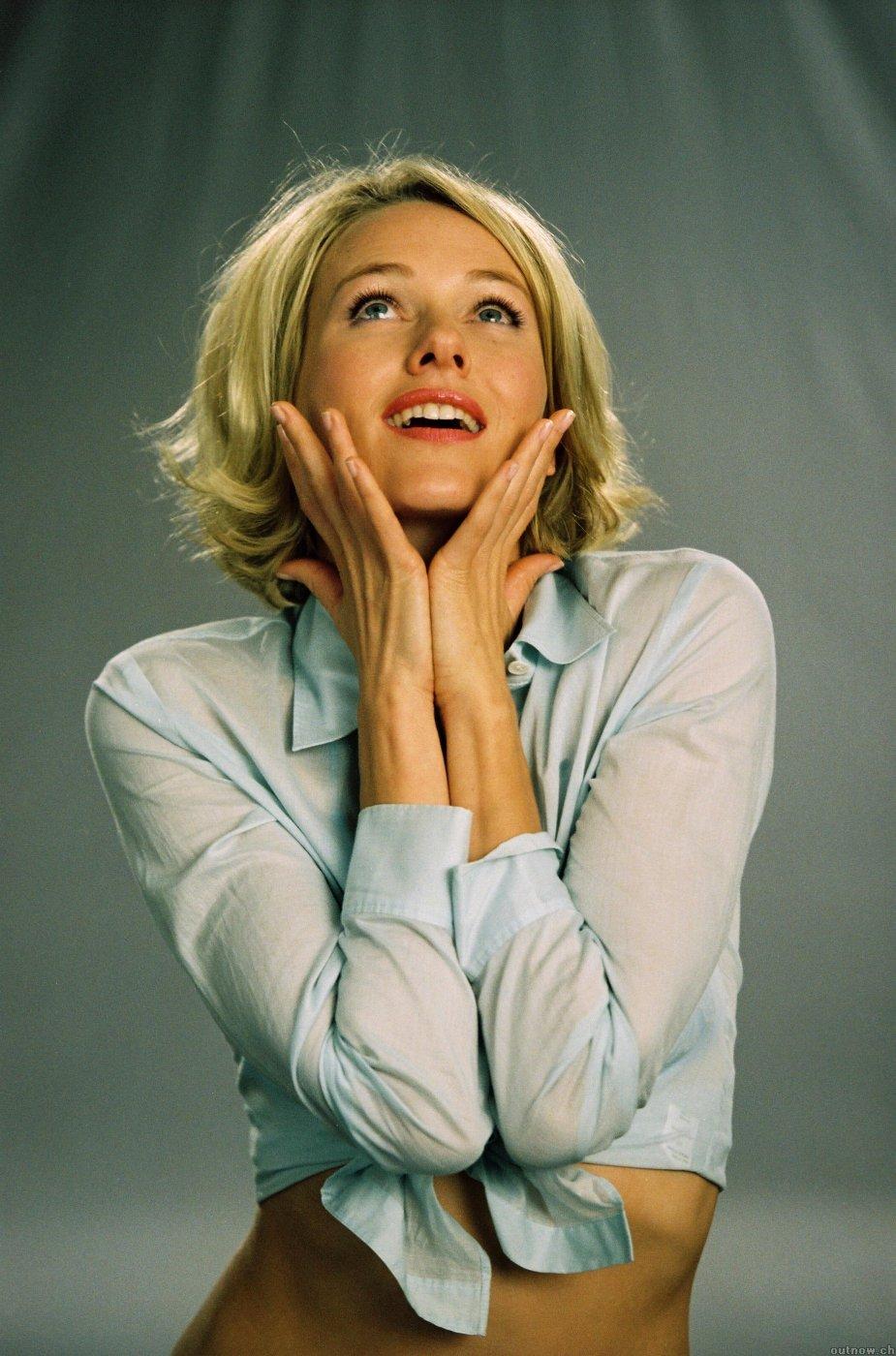Naomi Watts nu e afectata de criza! Actrita isi cumpara casa!