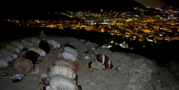 Pelerinaj inot la Mecca! Una dintre cele mai aride zone de pe glob,inundata
