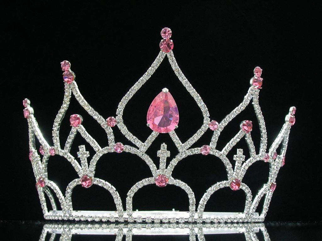 Frumoase si dezbracate! Pictorial sexy cu aspirantele la Miss SUA