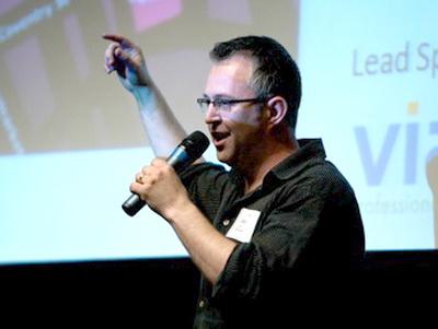 Mike Butcher de la TechCrunch: Viitorul internetului este e-commerce
