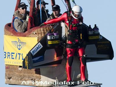 Omul racheta, in acrobatii care-ti taie respiratia VIDEO
