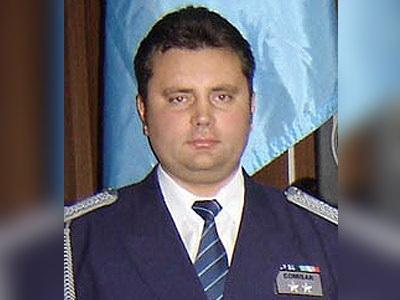 Biroul notarial al sotiei fostului sef al IPJ Neamt, Aurelian Soric,incendiat cu un cocktail Molotov