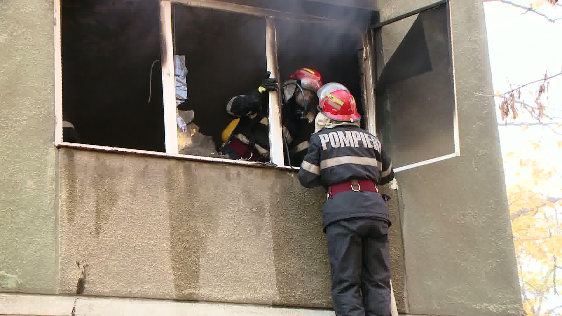 Incendiu in Floresti. Un apartament a fost distrus de o explozie