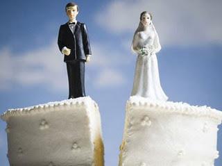 Divorturile s-au mutat de la Tribunal la Starea Civila. Costa 10 lei si dureaza doar 30 de zile