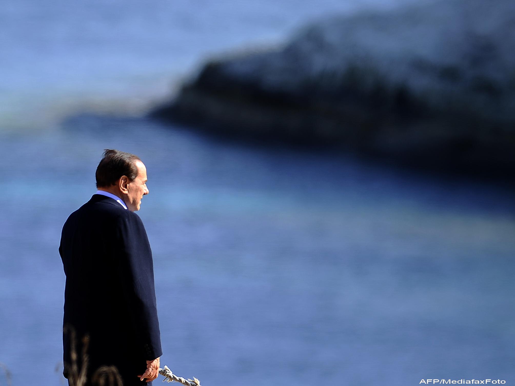 Optiunile lui Silvio Berlusconi dupa demisie: fuga la tropice sau incercarea de a reveni in politica