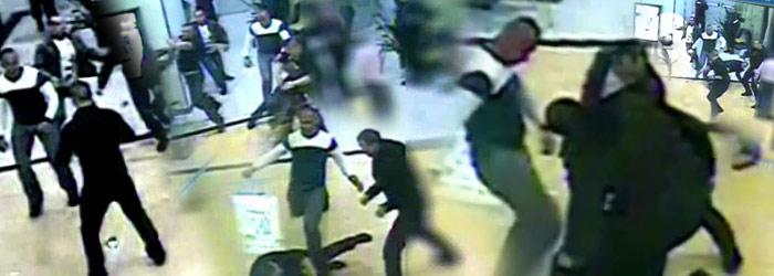 VIDEO. O Baie Mare de sange. Clanuri interlope, filmate cand se bateau printre clientii unui mall