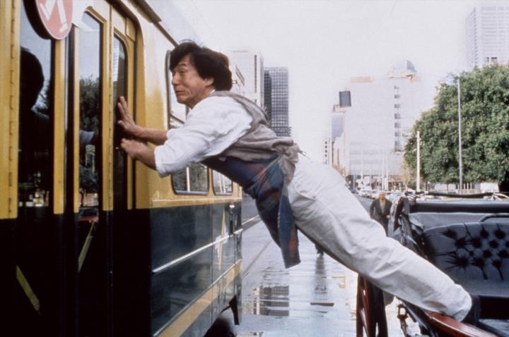 Jackie Chan vine la Bucuresti sa-si prezinte ultimul film din cariera. Cat timp va sta la noi in tara celebrul actor
