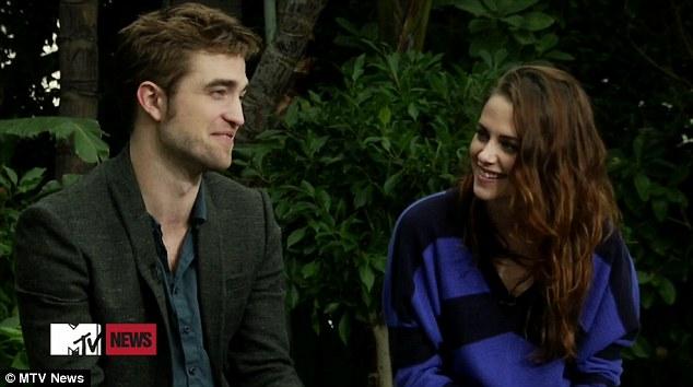 Prima aparitie televizata a cuplului Kristen Stewart-Robert Pattinson dupa despartire. Video