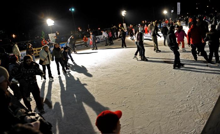 Singura distractie sportiva de iarna o gasim la patinoar. Care sunt sansele sa ninga in curand