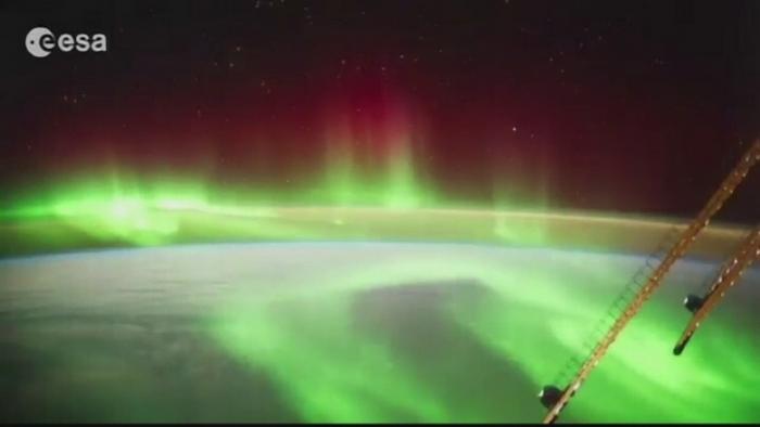 Astronautii de pe Statia Spatiala Internationala au filmat un eveniment spectaculos. Cum arata Aurora australa, in plin efect