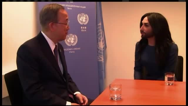 Gafa comisa de secretarul general al ONU la intalnirea cu Conchita Wurst. Ban Ki-moon a confundat Austria cu Australia