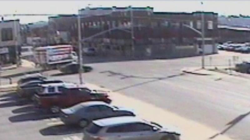 S-a urcat intr-o masina furata si a fugit de politie. Urmarirea a avut insa un final neasteptat pentru femeia aflata la volan