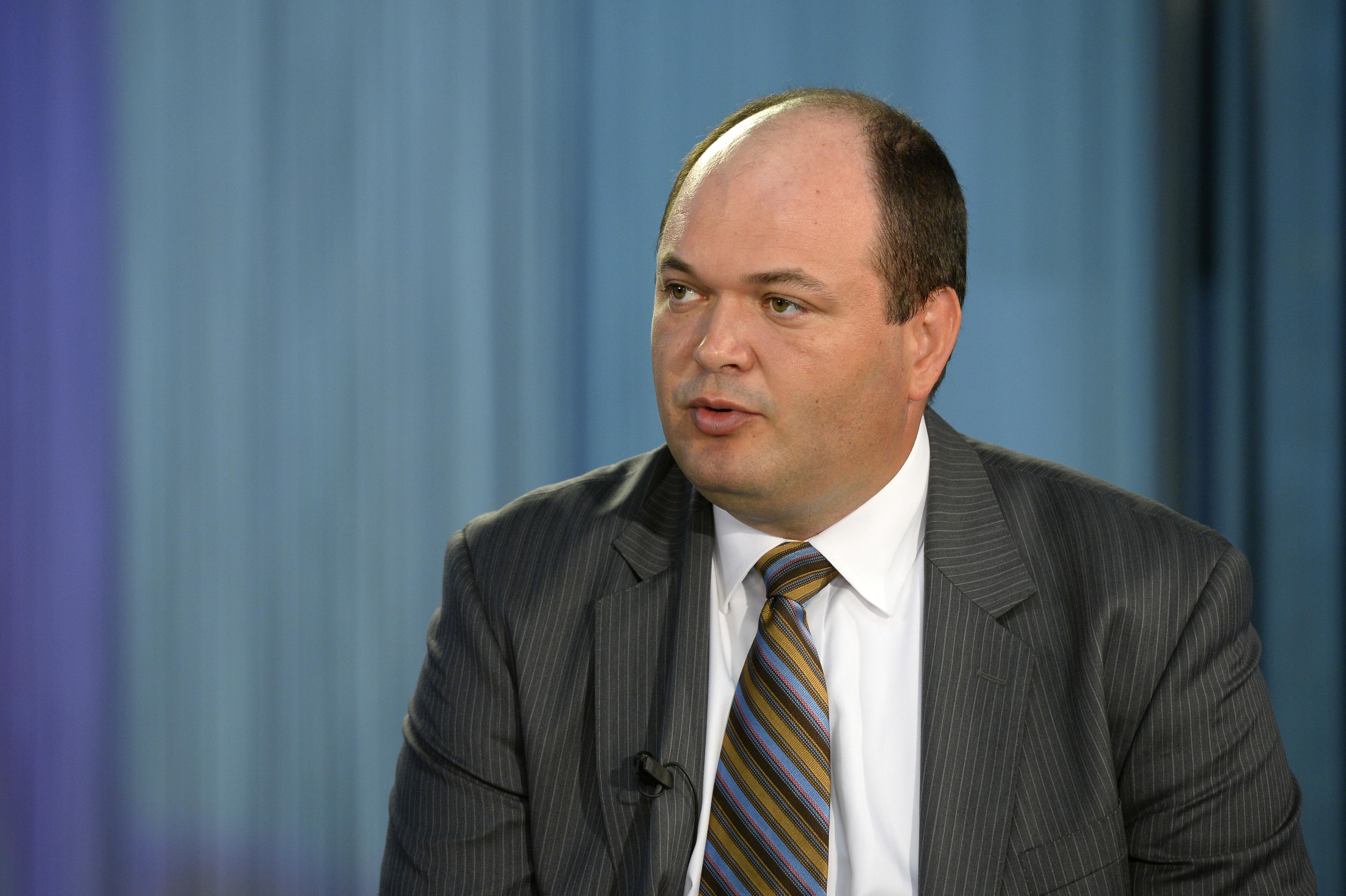 Presedintele Consiliului Fiscal: Trebuie acoperit un gol de 2% din PIB in buget pentru reducerea CAS si alte masuri
