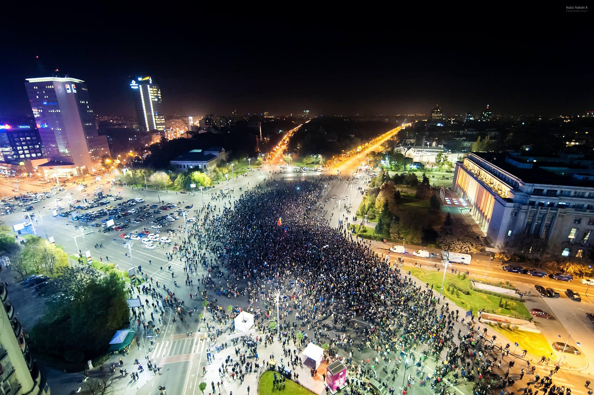 CORUPTIA UCIDE: 25.000 de oameni au cerut in strada schimbarea sistemului politic din Romania.