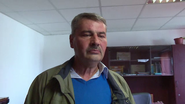 Casa unui primar din Romania, banuit de coruptie, a fost luata cu asalt de mascati.