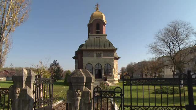 Biserica, in pragul unui urias scandal intern. Preotii s-au revoltat dupa ce li s-a marit cota de vanzari pentru Sarbatori