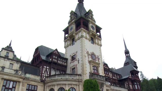 Castelele Bran si Peles, printre cele mai sigure cladiri din Romania in caz de incendiu. Cat au costat investitiile